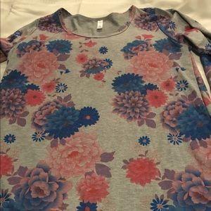 XL Lularoe Floral Lynnae Top